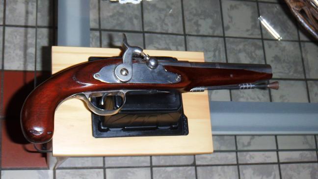 Le pistolet de Vidoc l'Arrageois  Dscf0312