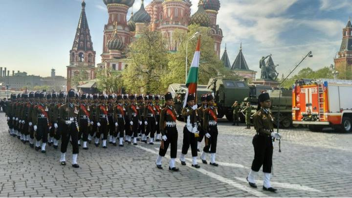 2015 Moscow Victory Day Parade: - Page 13 210