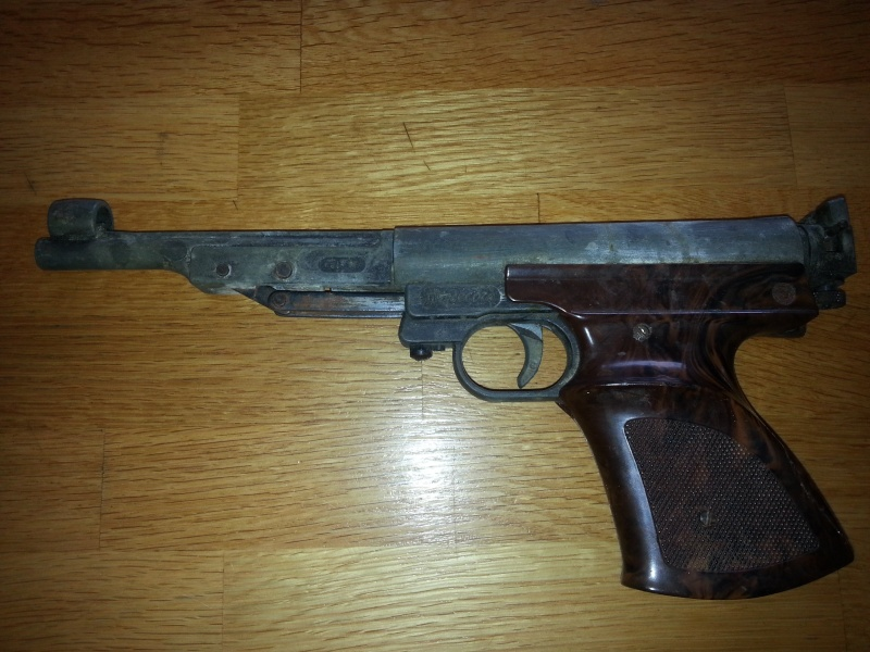 Pistolet plombs 30 ans environ FB RECORD. 110