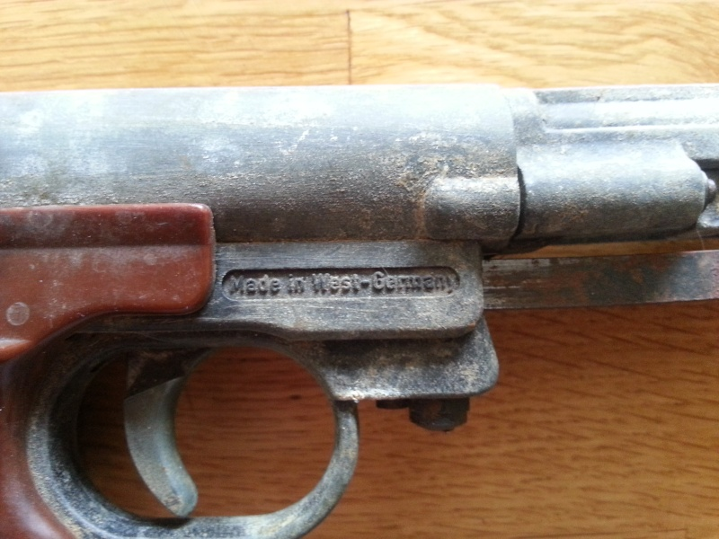 Pistolet plombs 30 ans environ FB RECORD. 310