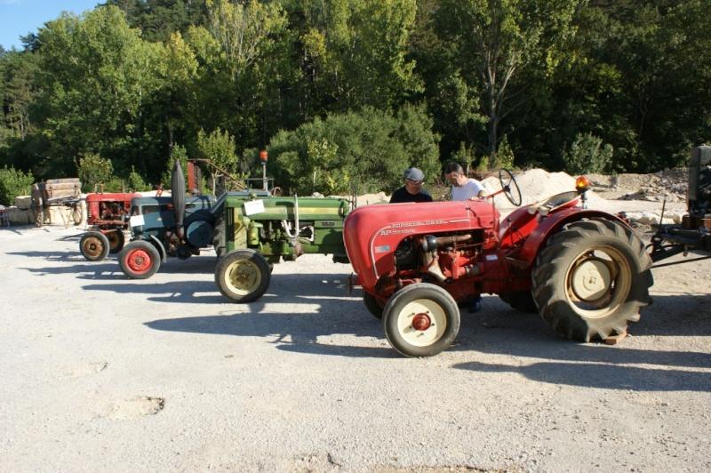 tracteurs de la mémoire agricole du pays de grignan Dsc02610