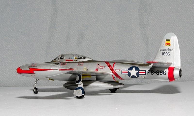 F-84 Thunderjet Heller57