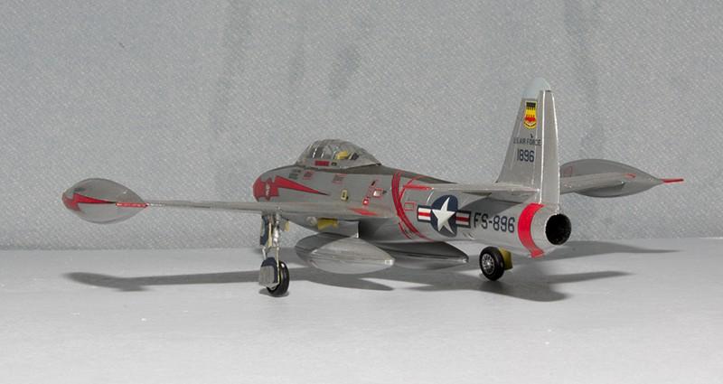 F-84 Thunderjet Heller58