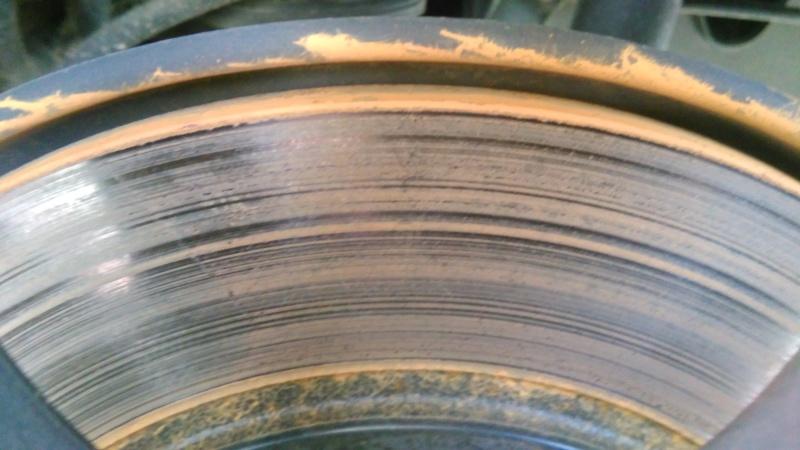 Forte oxydation des disques de frein Img_2012