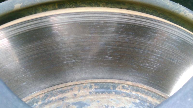 Forte oxydation des disques de frein Img_2015