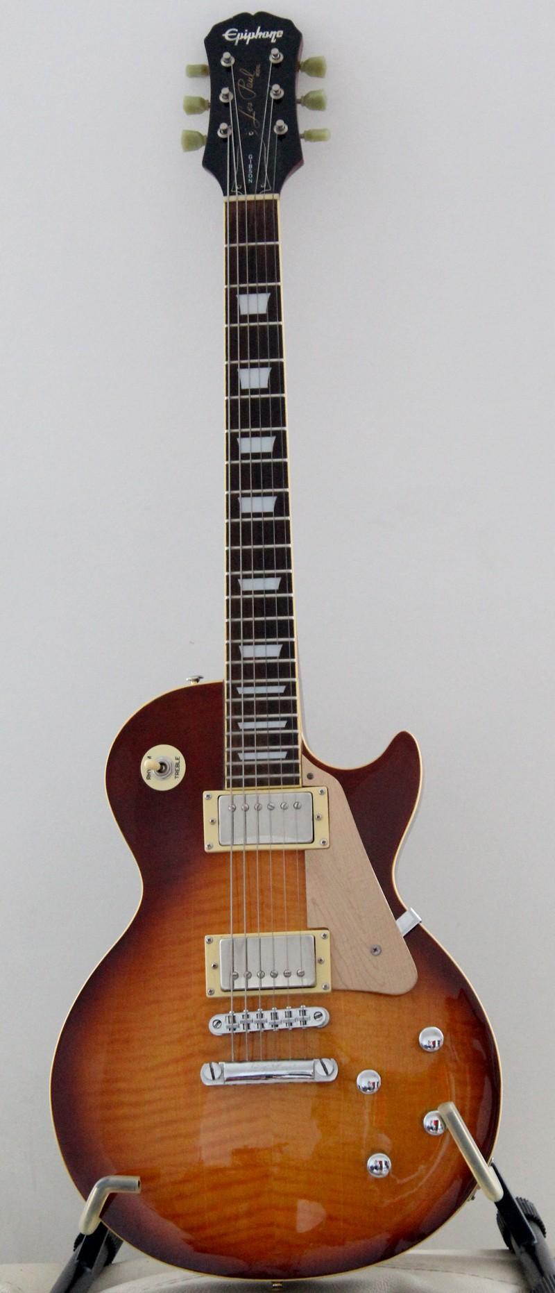 Photos de vos guitares. - Page 39 Les_pa11