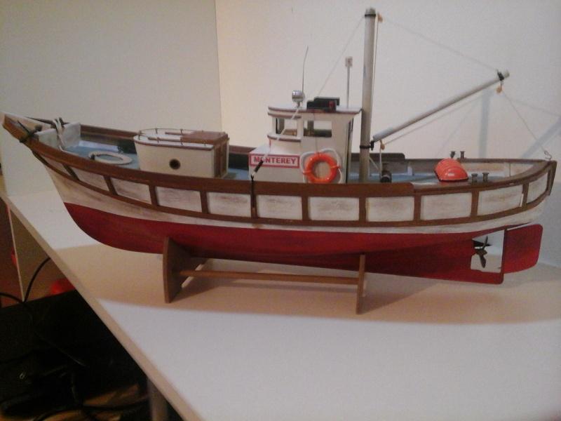 Le MONTEREY 522  Billing boat au 1/20  20150513