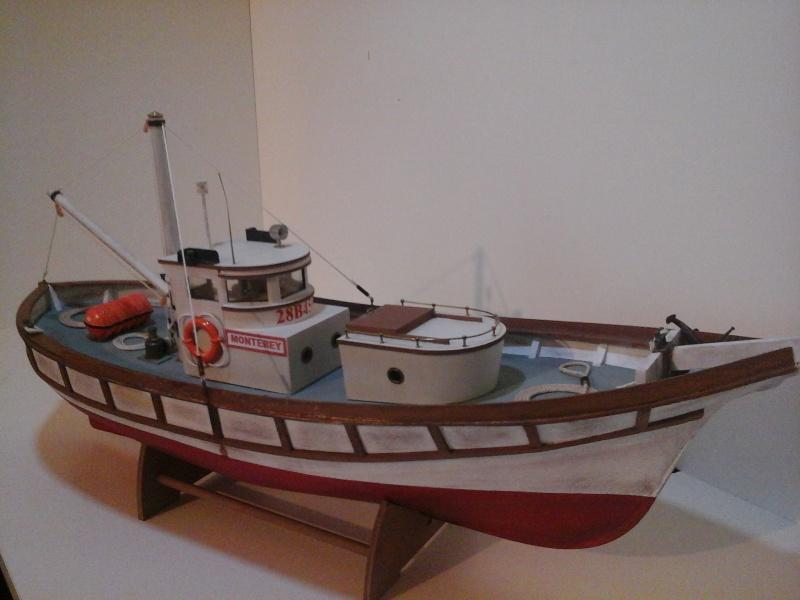 Le MONTEREY 522  Billing boat au 1/20  20150514