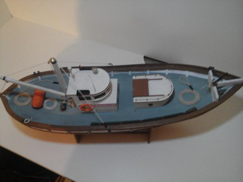 Le MONTEREY 522  Billing boat au 1/20  20150516