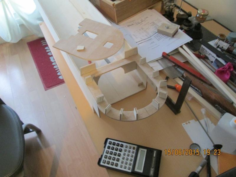 La construction du POULBOT au 1/25   - Page 2 Img_0832