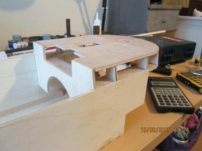 La construction du POULBOT au 1/25   - Page 2 Img_0834