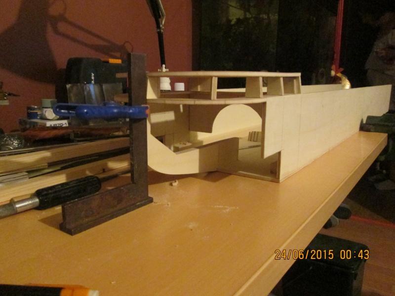 La construction du POULBOT au 1/25   - Page 3 Img_0837