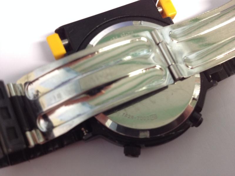 Je cherche à acheter deux de ces montres : Seiko 7A28-7000 Img_3515