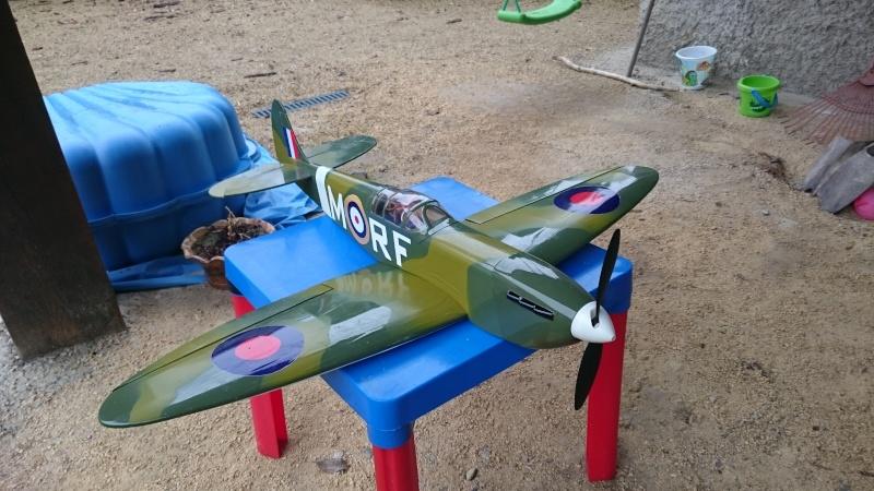 Spitfire 920 mm d'envergure Dsc_0911