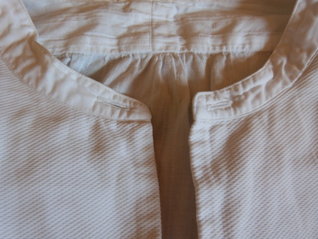 [Habillage] Comment porter cette chemise ? P1120314