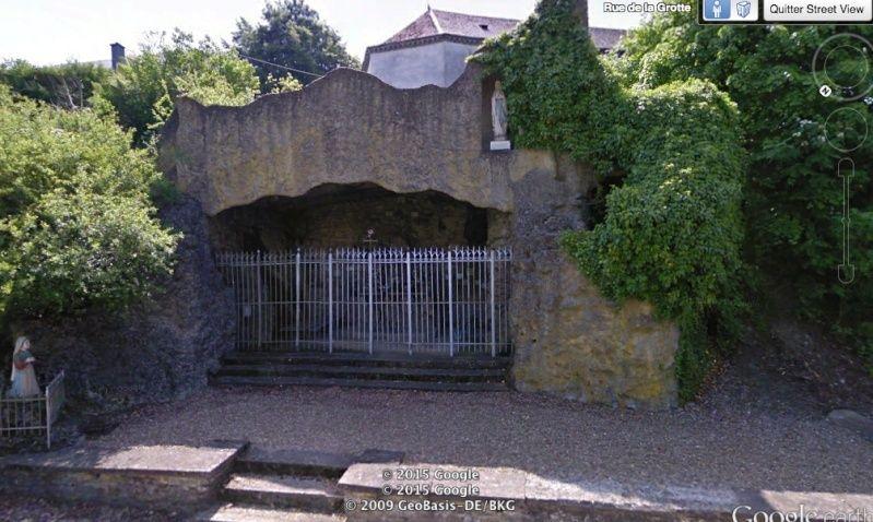 Les répliques de la grotte de Lourdes - Page 2 Captur12