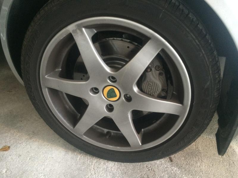 Cerchi Lotus + Gomme Bridgestone Img_5110