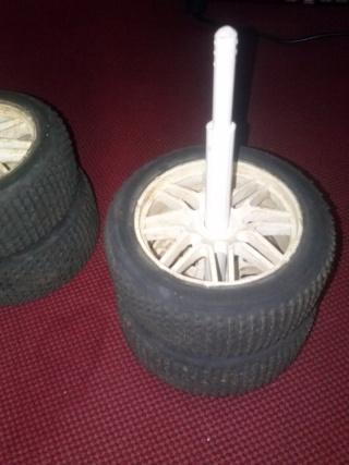Pour toujours avoir vos 4 même roue enssemble Cam01114