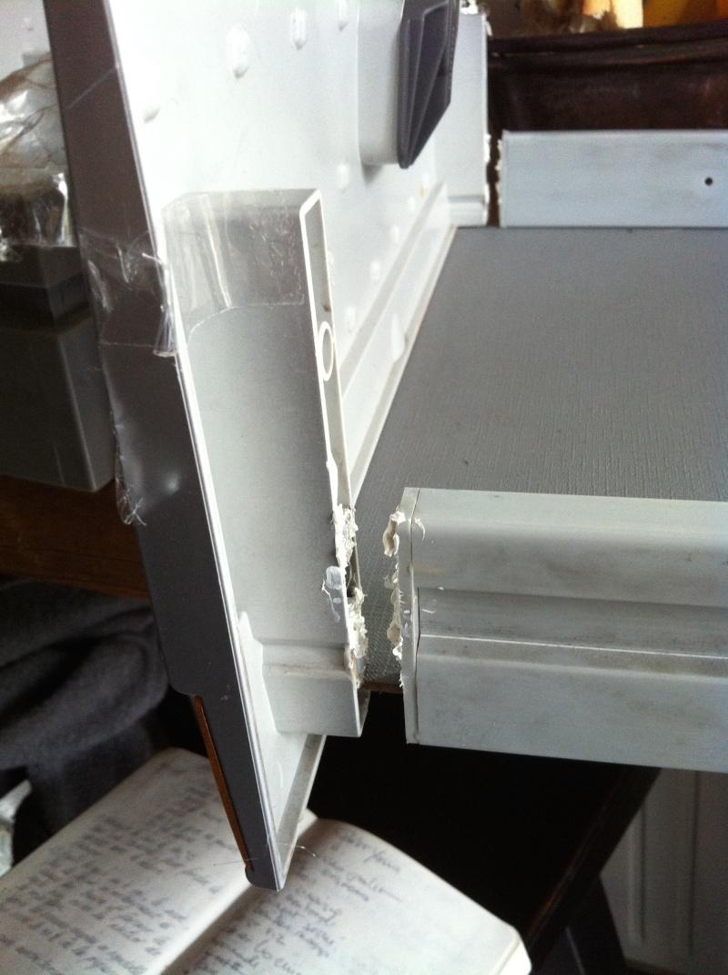 façade des tiroirs qui se décollent Img_3310