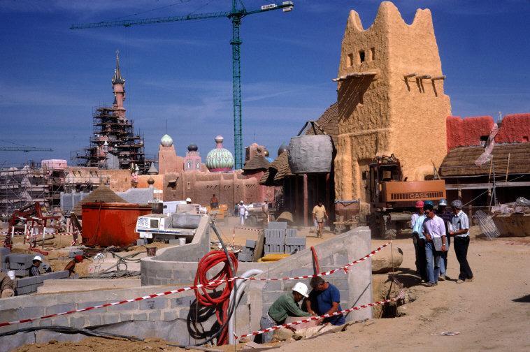 Foto e video della costruzione dei parchi 11686910