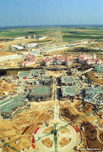 Foto e video della costruzione dei parchi 42746210