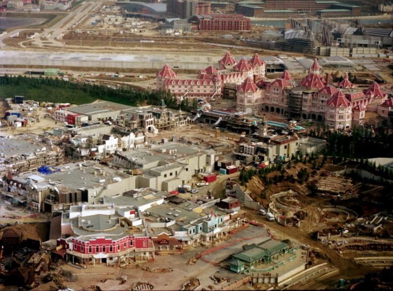 Foto e video della costruzione dei parchi Hd128111