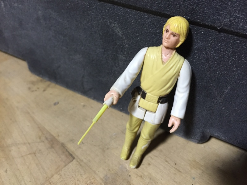 New member with questions about Luke and Vader dual scope sabers Img_0014