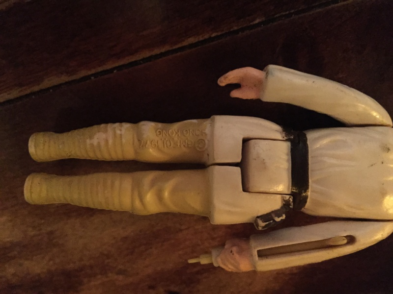 New member with questions about Luke and Vader dual scope sabers Img_0015