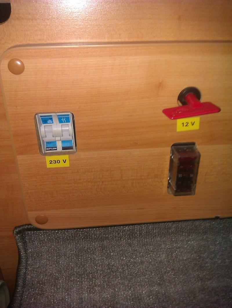 besoin de renseignement sur boiler eriba car et électricité Electr11