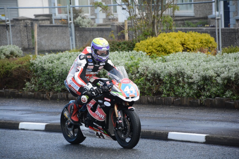 [Road racing] NW 200  2015  - Page 2 Dsc_6116