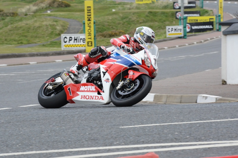 [Road racing] NW 200  2015  - Page 3 Dsc_7712