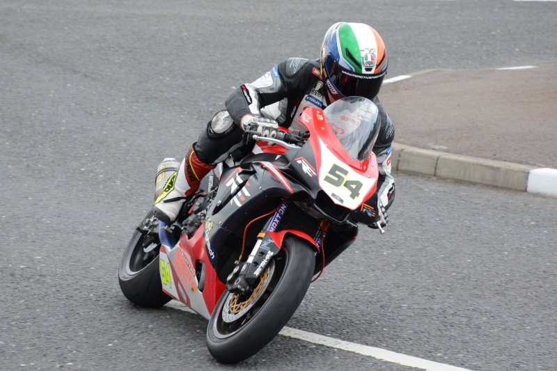 [Road racing] NW 200  2015  - Page 3 Dsc_7811