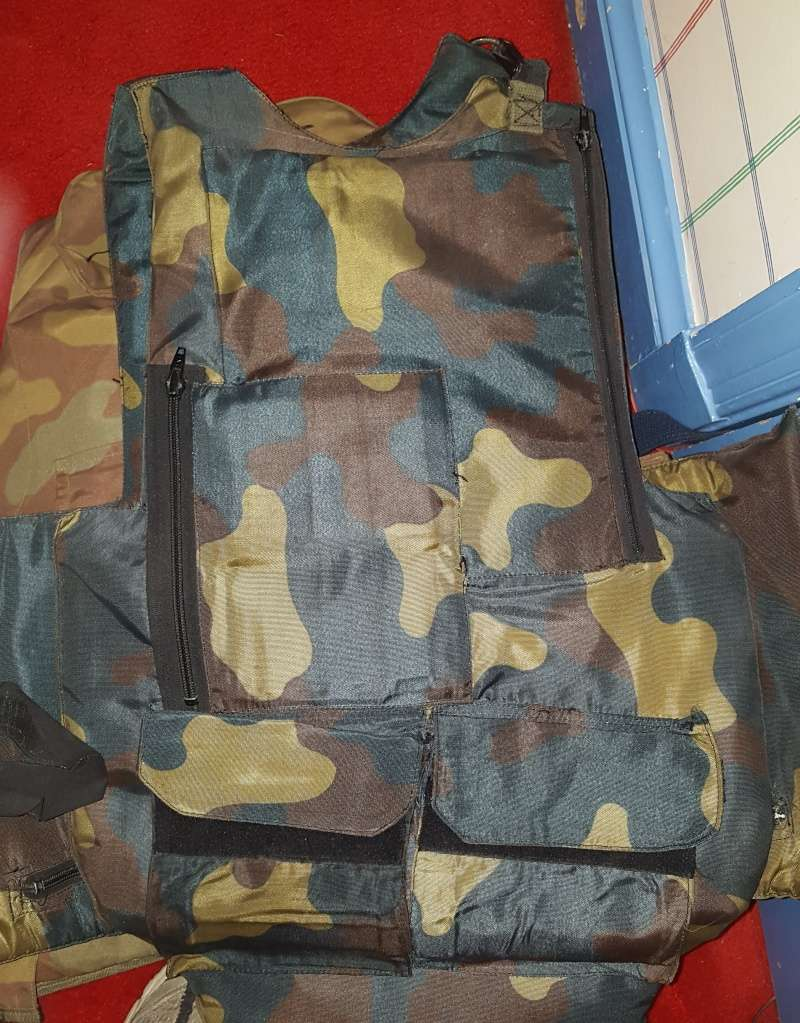 Italian Flak Vests / Body Armor 20150513
