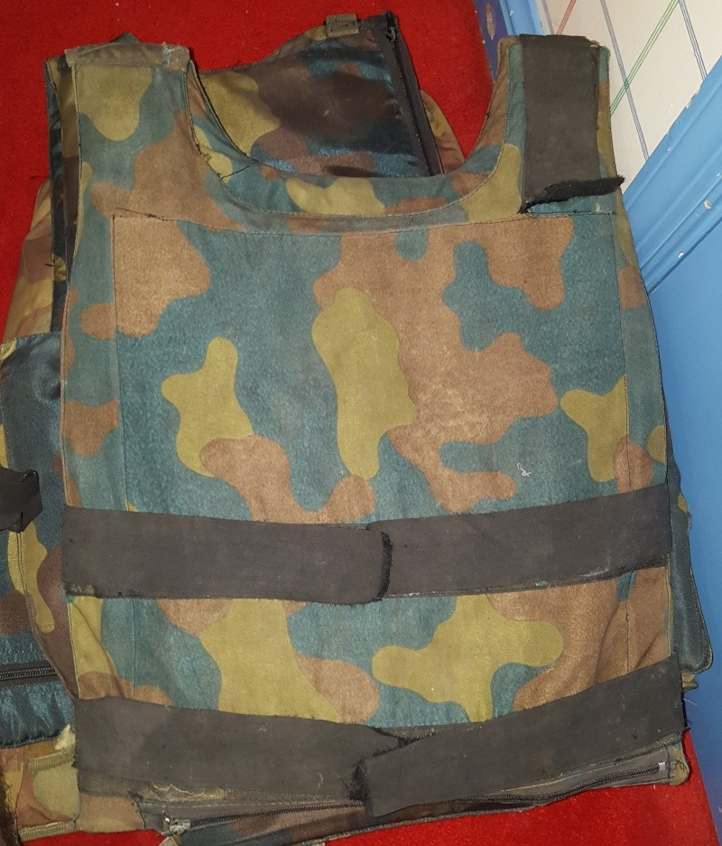 Italian Flak Vests / Body Armor 20150515
