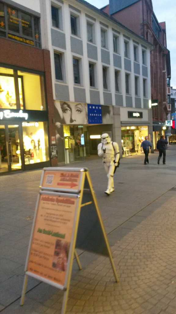 Stormtrooper in Aschaffenburg Cimg2011