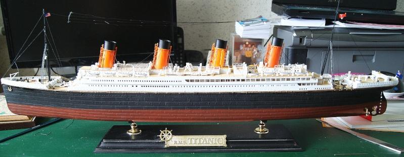 R.M.S Titanic 1/400 Academy Dsc03912