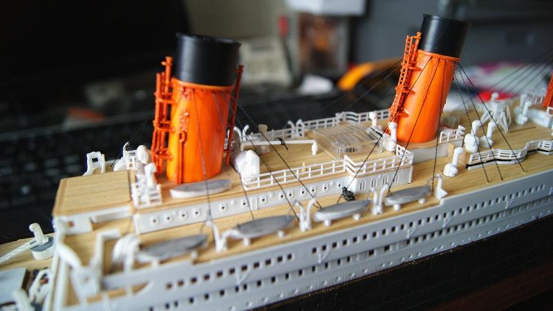 R.M.S Titanic 1/400 Academy Dsc03914