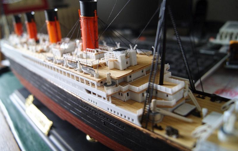 R.M.S Titanic 1/400 Academy Dsc03916