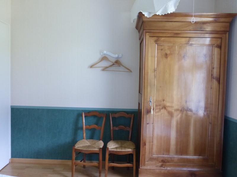 Déco petite chambre d'appoint P1020013