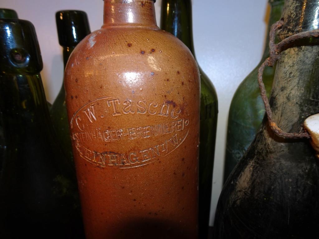 Flacons et bouteilles. Dsc00175