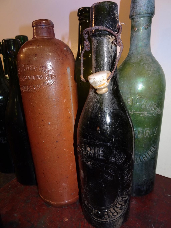 Flacons et bouteilles. Dsc00210