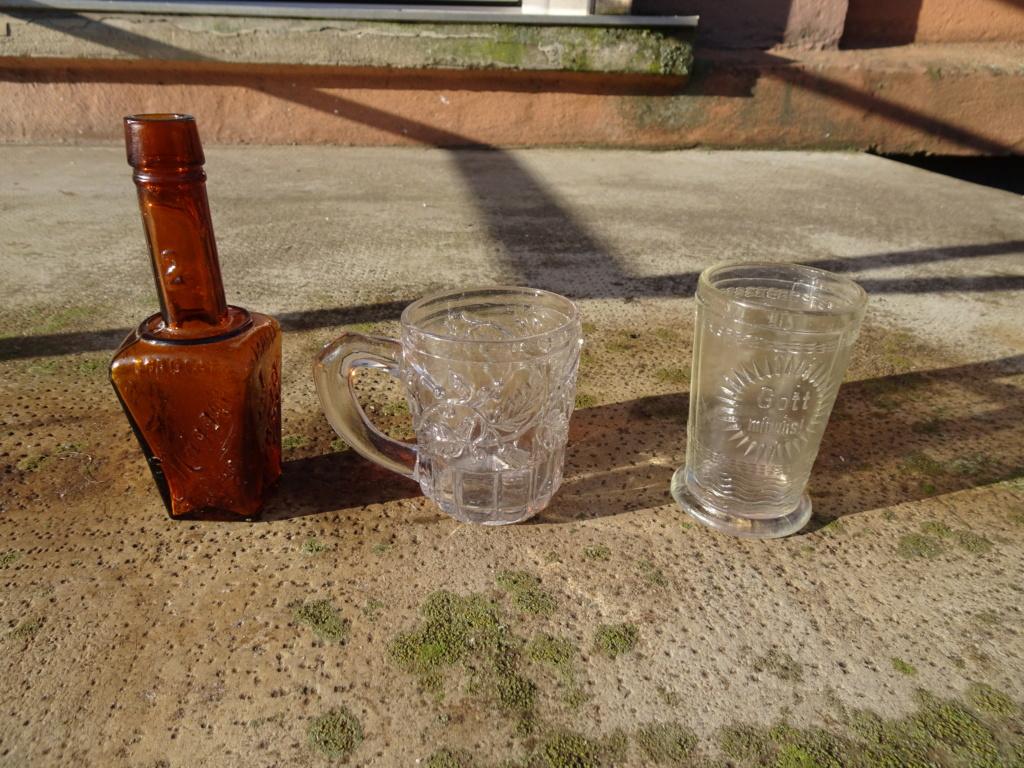 Flacons et bouteilles. Dsc00218
