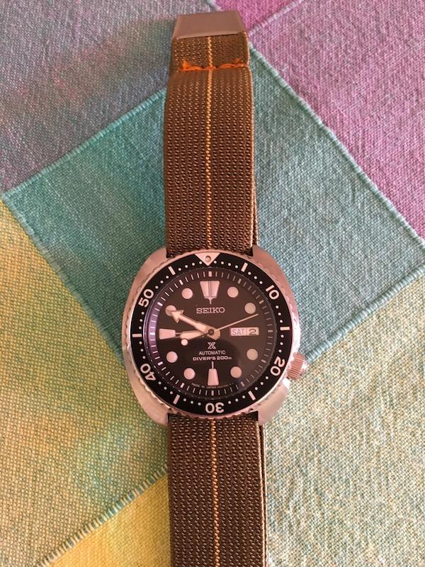 Votre montre du jour - Page 20 Img_2110