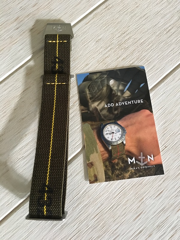 Bracelet parachute Erika strap pour ma future acquisition. Img_2210