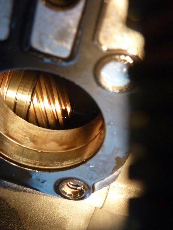 [XB] Contrôle pignon pompe à huile 75000km P1040711