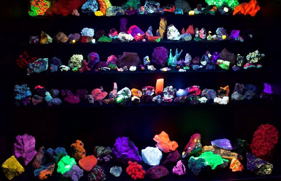 Colección de Minerales Fluorescentes - Página 6 35463810