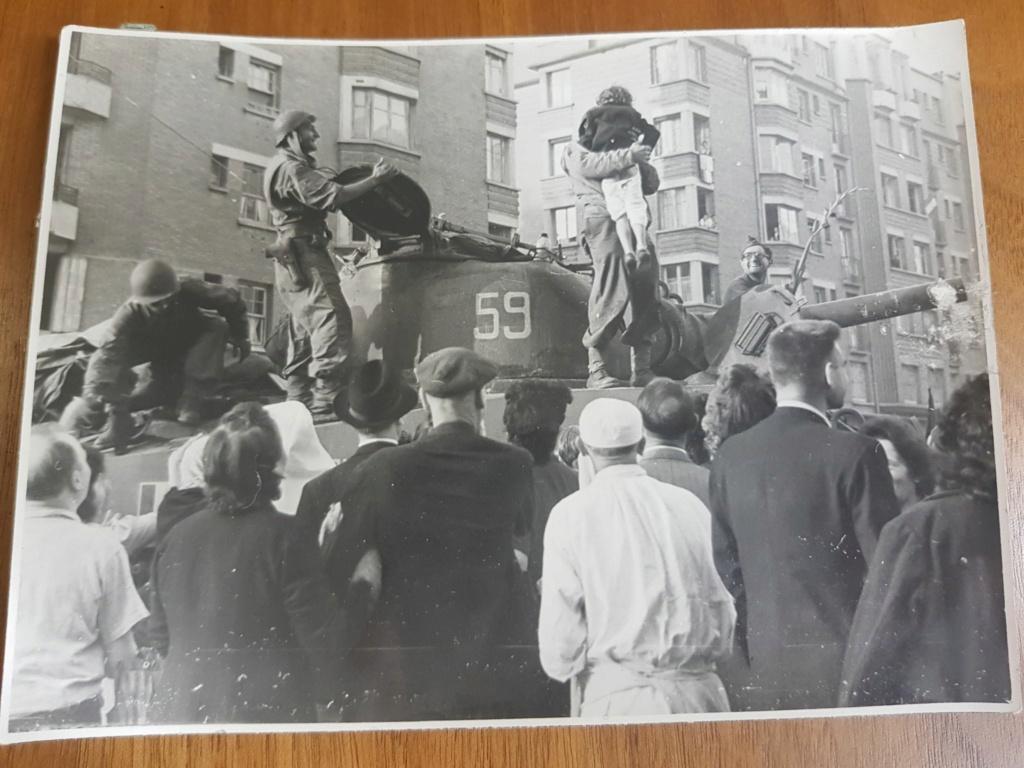 Photos Libération à identifier 19668810