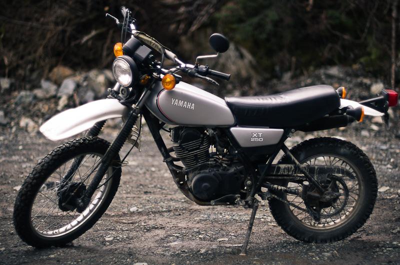 Votre première moto? 1981_y10