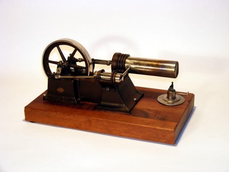 moteur Stirling, ou moteur à air chaud. Georges Carette, Nuremberg. Carett10