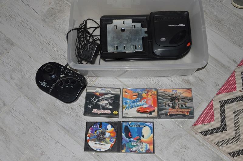[VDS] mega cd + 4 jeux Dsc_0310